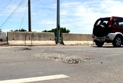 Cao tốc TP HCM - Trung Lương bị xuống cấp nhanh