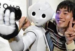 1.000 con robot có cảm xúc được bán sạch chỉ sau 1 phút!