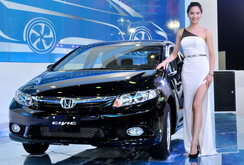 Người Việt chi bạo: 5 tháng chi 1,2 tỷ USD để nhập khẩu ô tô