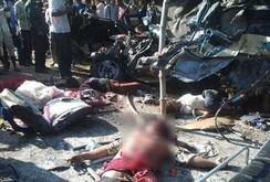 Clip tai nạn thảm khốc tại Campuchia: 25 người chết