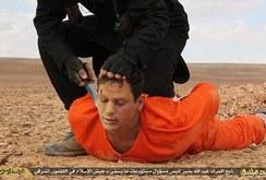IS công bố hình ảnh một tù nhân bị chặt đầu dã man