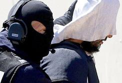 Khủng bố IS chặt đầu người ở Pháp