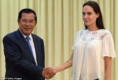 Angelina Jolie gặp gỡ Thủ tướng Hun Sen để làm phim về Khmer Đỏ