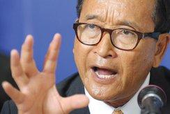 Thủ tướng Hun Sen nói sẽ tự chặt tay nếu ân xá thủ lĩnh đảng đối lập