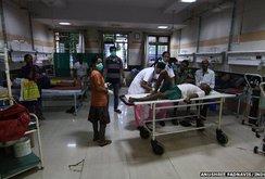 Ấn Độ: Uống rượu giả, 53 người thiệt mạng