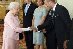 Vợ chồng David Beckham có tài sản 470 triệu bảng, giàu hơn cả Nữ hoàng Anh