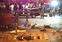 Đánh bom rung chuyển Bangkok, ít nhất 27 người chết, 120 người bị thương