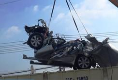 Tai nạn kinh hoàng: Xe container tông xe 7 chỗ, 5 người chết