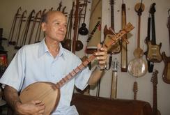 Phóng sự: Độc đáo những bộ nhạc cụ dân tộc bằng gỗ dừa