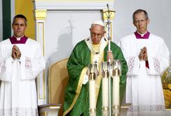 Giáo hoàng kết thúc chuyến thăm Mỹ bằng thánh lễ ngoài trời khổng lồ