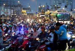 Phóng sự: Kẹt xe ở TP HCM ngày càng gay gắt