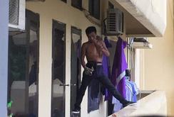 Thanh niên ngáo đá quậy phá Bệnh viện Bạch Mai