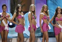 Clip: Top 15 Miss Universe rất sexy trình diễn trang phục áo tắm