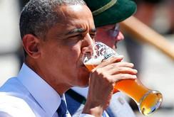 Tổng thống Obama uống bia với Thủ tướng Merkel ở Đức