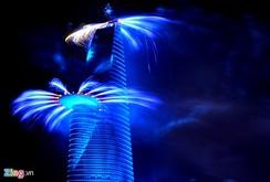 Xem màn trình diễn pháo hoa nghệ thuật chào mừng 40 năm đất nước thống nhất