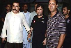 Pakistan bắt người làm bằng giả trên phạm vi toàn cầu