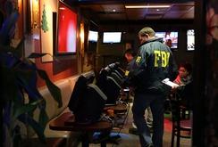 FBI bao vây làng cà phê Việt ở California