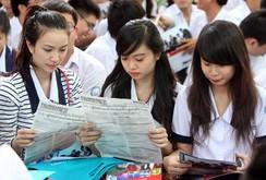 Ghi nhanh tuyển sinh tại Đại học Kinh tế TP HCM: Giờ G nóng bỏng...