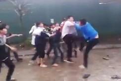 20 nam sinh trong clip đánh nhau như giang hồ đều là trò ngoan?