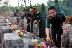 Tưởng niệm các liệt sĩ ở Vị Xuyên