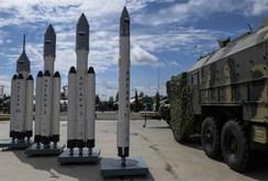 """Dàn """"vũ khí vô đối"""" của Nga gồm những gì?"""