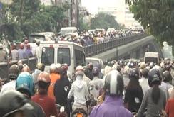 Kẹt xe tại TP HCM ngày càng kinh khủng!