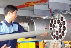 Thực hành kiểm tra ném bom, bắn rocket và pháo trên biển