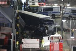 Khủng bố tấn công bằng xe tải tại Đức, tông chết 12 người