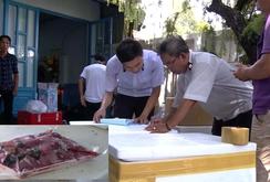 Thịt heo nhúng huyết tươi, biến thành thịt đà điểu, thịt nai, thịt bò!