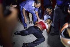 IS tấn công bắt cóc con tin tại Bangladesh, 2 cảnh sát thiệt mạng