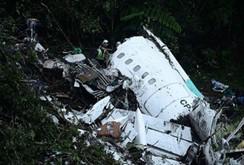 Hiện trường thảm khốc vụ rơi máy bay tại Colombia