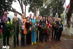 Clip: Các đại sứ Liên minh châu Âu chúc Tết Bính Thân