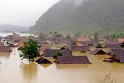 Mưa lũ diễn biến phức tạp, bão số 7 vào sát Quảng Ninh