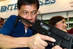 Bản tin NLĐ ngày 10-6: Trùm ma túy treo thưởng 1 triệu USD để giết tổng thống Philippines