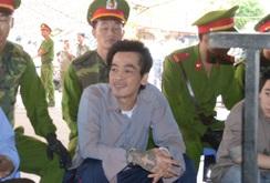 Bản tin NLĐ ngày 23-3: Trùm giang hồ Phú Quốc khóc xin lỗi gia đình nạn nhân