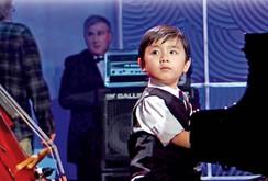 Bản tin NLĐ ngày 5-12: Thần đồng piano Evan Le về Việt Nam biểu diễn