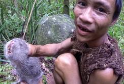 """Bản tin NLĐ ngày 8-7: """"Người rừng"""" Hồ Văn Lang lên báo Anh – chuyện Tarzan có thật"""