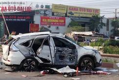 Tai nạn thảm khốc: Tàu lửa tông ô tô, 5 người chết