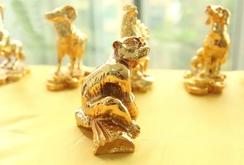 Bản tin NLĐ ngày 15-1: Linh vật khỉ mạ vàng thu hút người mua