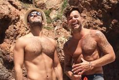 Bản tin đặc biệt cuối tuần 19-11: Ricky Martin đính hôn với người đồng tính