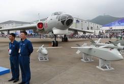 Bản tin NLĐ ngày 13-5: Máy bay ném bom tầm xa H-6K của Trung Quốc bay ra đảo Chữ Thập