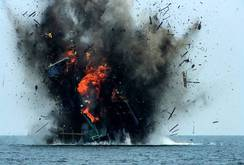 Bản tin NLĐ ngày 14-6: Indonesia bắt 7 tàu cá, 55 ngư dân Việt Nam