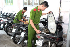 Bản tin NLĐ ngày 19-7: Phát hiện hàng trăm xe bị trộm cắp trong tiệm cầm đồ