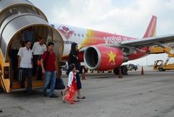 Bản tin NLĐ ngày 21 - 1: Hơn 300 ngàn người về quê ăn Tết bằng máy bay