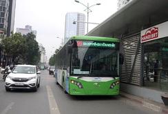 Bản tin NLĐ ngày 30-12: Hà Nội quyết tâm làm xe buýt nhanh