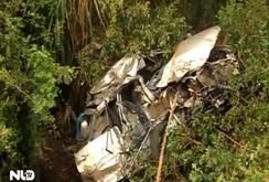 Kinh hoàng tàu lửa tông ô tô: 4 người chết, 2 người bị thương