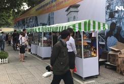 Ghi nhanh: Phố ẩm thực Nguyễn Văn Chiêm chưa hấp dẫn