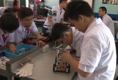 Sáng tạo với phòng thực hành Steam của Trường THCS Lê Quý Đôn, Q3