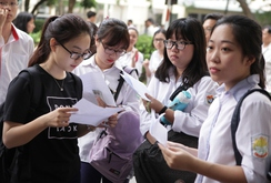 Đưa trường học đến thí sinh: Xu hướng đăng ký dự thi, xét tuyển 2017