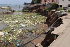 Clip: Kinh hoàng sạt lở sông Vàm Nao, An Giang, nhấn chìm 16 nhà dân